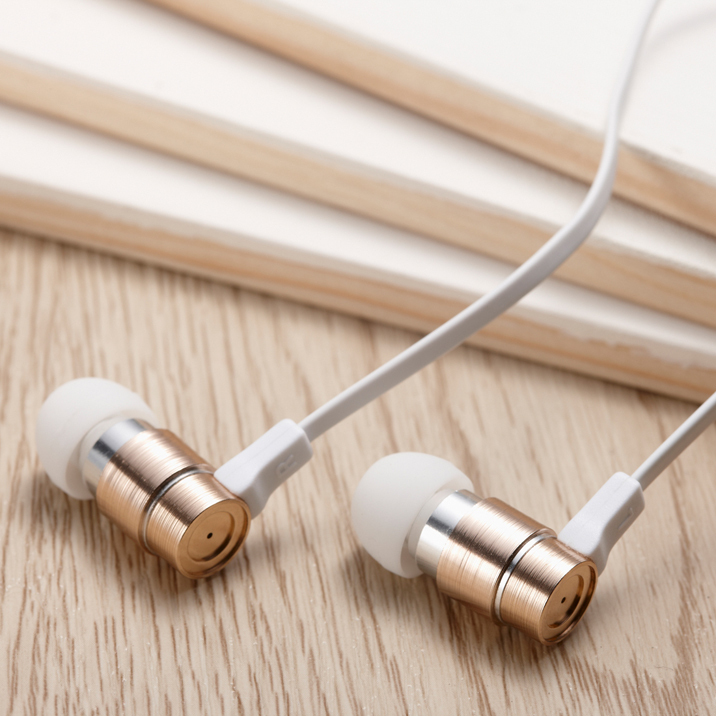 Wallytech W805 Metal in Ear Earphones with Built-in Mic Tangle-free Wired Headset Earbuds with 3-button Volume Control