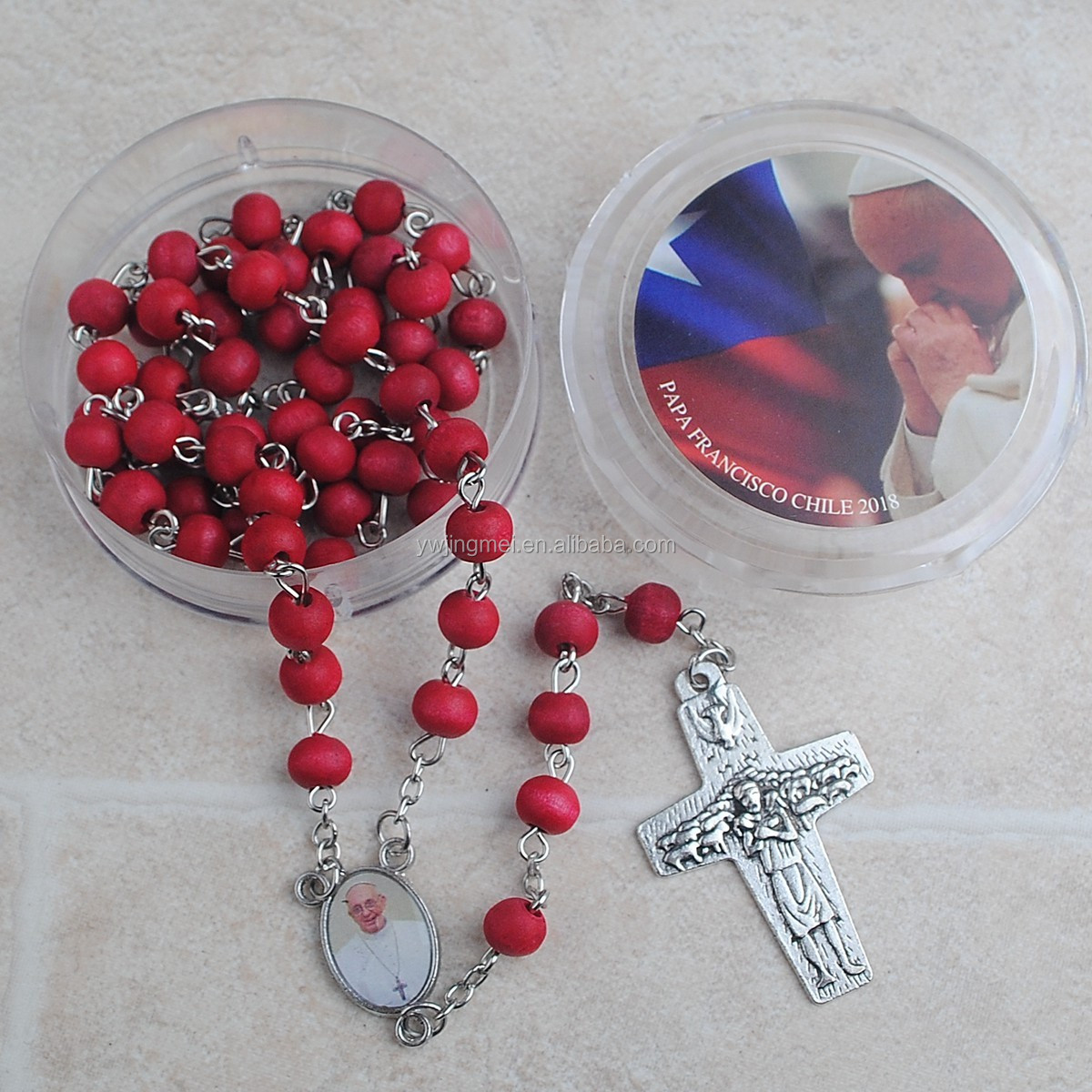 6*7mm Wooden Rose Scented Profume Rosary with Plastic Box with Pope Francis Sticker in Stock