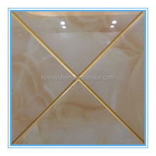 Glossy epoxy resin grout for ceramic tiles