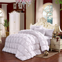 Very Lightweight White Goose Down Duvets