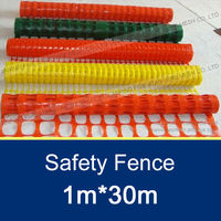 90*26mm/100g/m2 Plastic Road Safety Fence