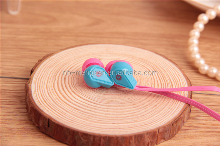 Good looking Cheap Stereo Earphone for Mobile,PC,Portable Media Player