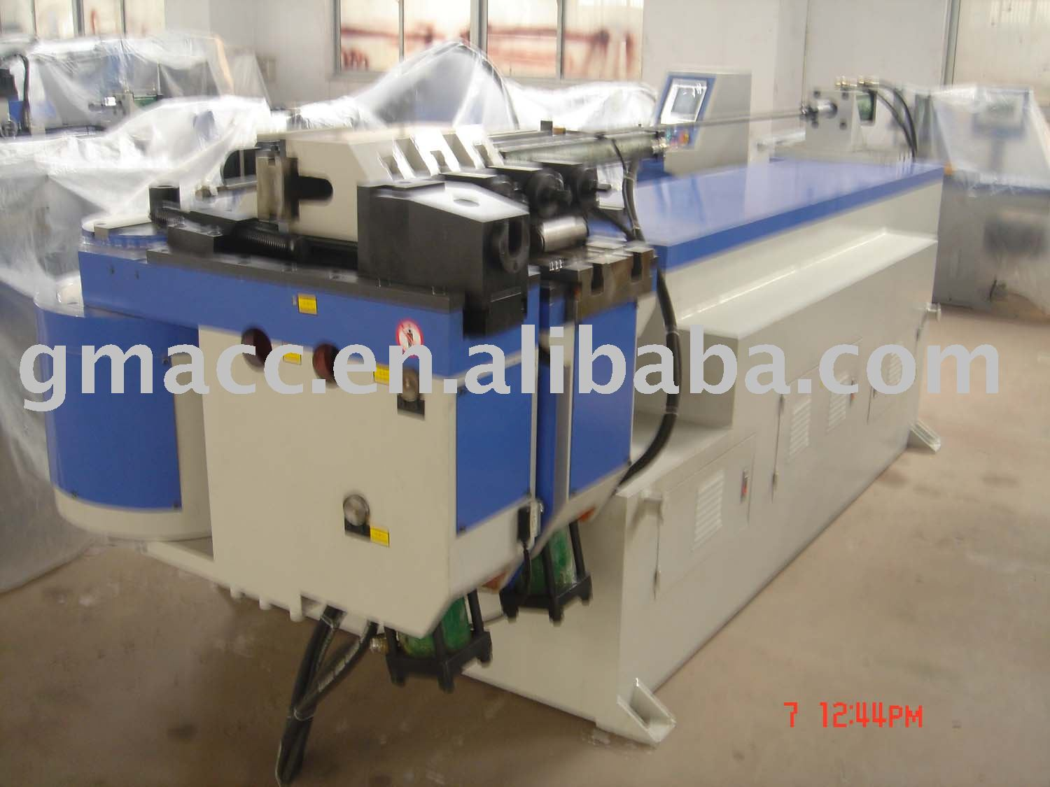 Hydraulic Tube Bending/pipe bender Machine Hot Sell Three-D 0-190 degree Economical and Practical