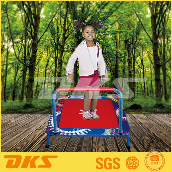 DKS High Quality Wholesale Cheap Trampoline With Safety Handle
