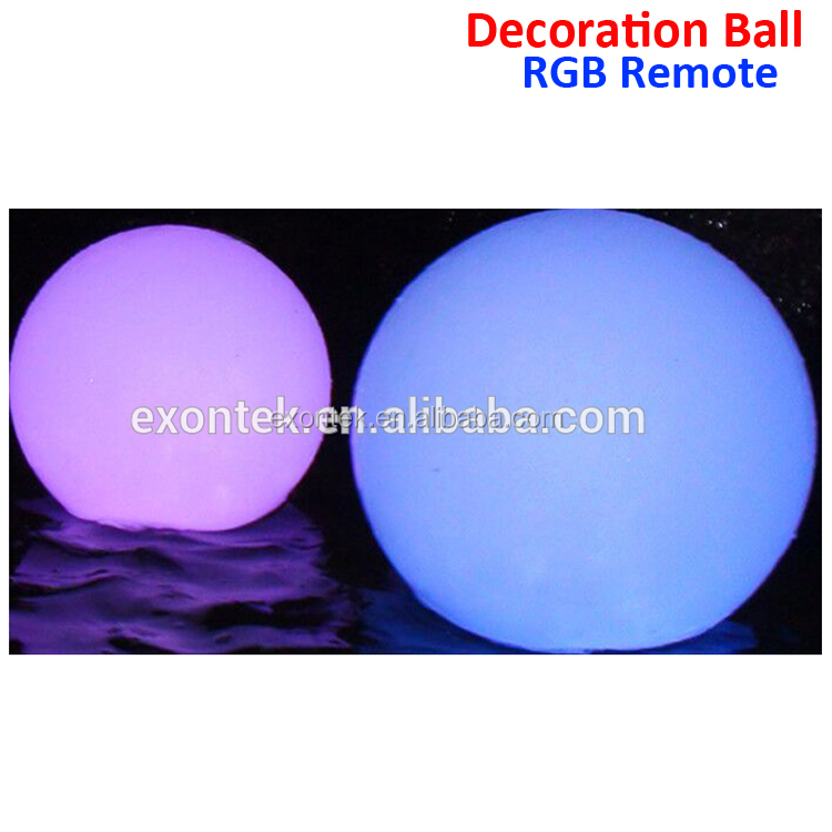 2018 Hot sale Christmas Xmas LED Decorations rechargeable floating led pool light outdoor ball light led flashing light ball