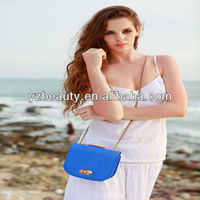 Long metal chain blue cross body bag