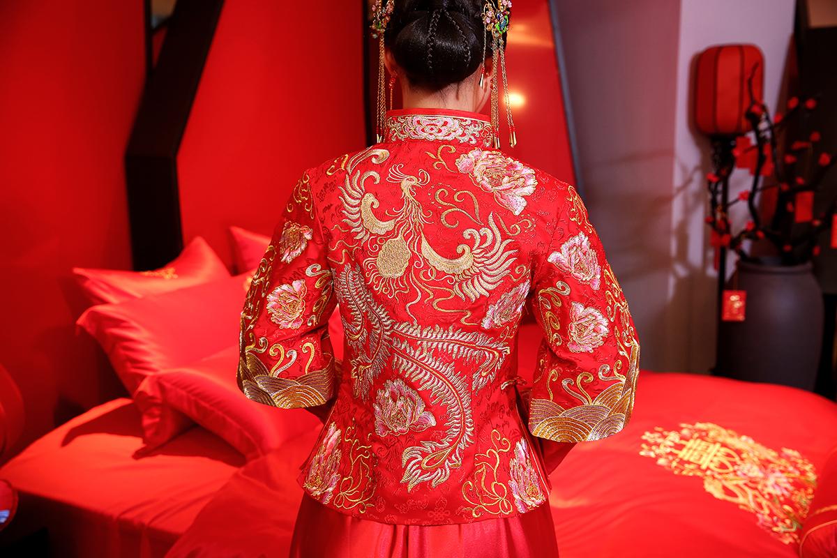 2018 livraison gratuite traditionnelle chinoise robe smoking costumes femmes vêtements robes