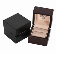 Custom Logo Luxury Gift Display Wedding Jewelry Packaging Velvet Wood Ring Box