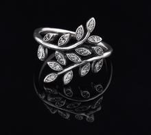 Ally express cheap wholesale ring with crystals fashion jewelry