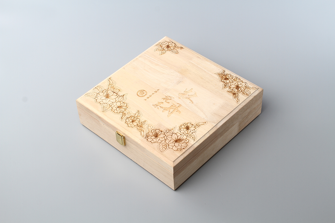 LINGTIAN Custom Made Plain Wooden keepsake Box With Lock