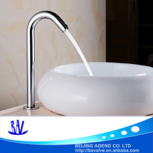 Auto faucet curved auto water spout smart faucet medical tap high