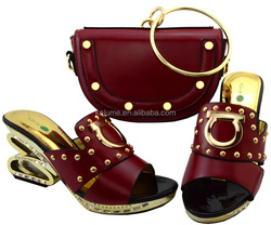 Shoes And Bag Wine Color African Women Matching Italian Shoe and Bag Set Decorated With Rhinestone New Arrival Italian ShoeYM003
