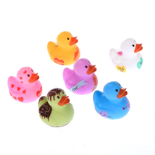 Custom design vinyl duck floating toy sets 6pcs packed pvc box