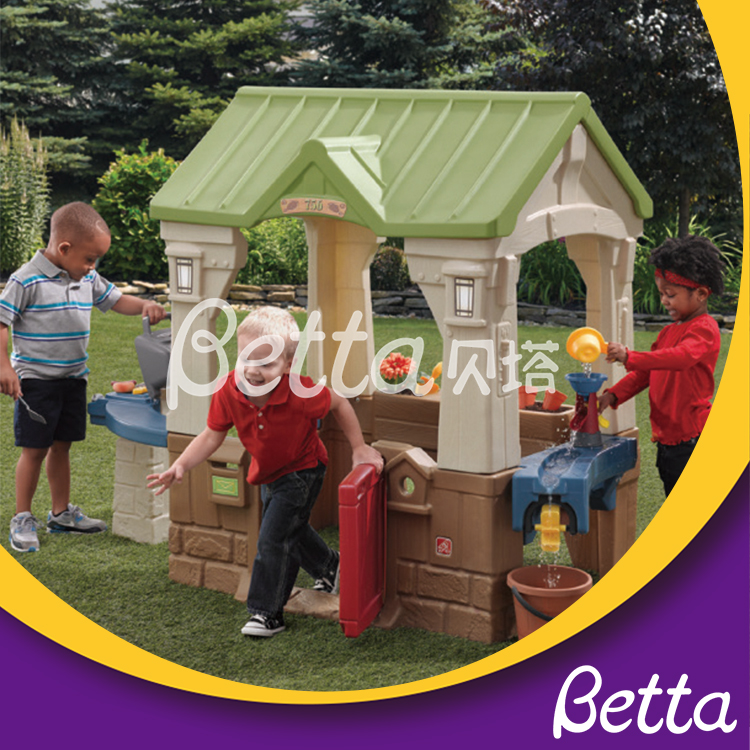 High quality children choose toy houses for garden