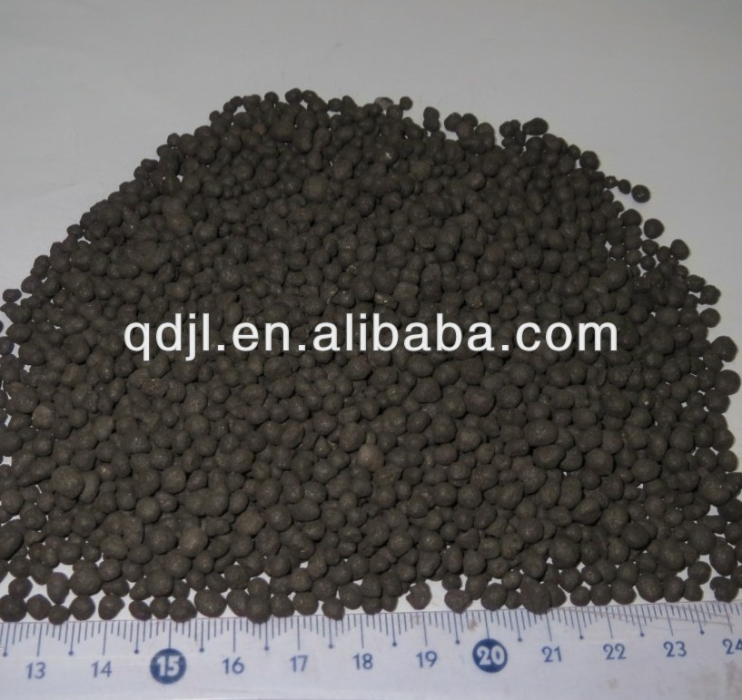 Black seaweed preparation of organic base fertilizer