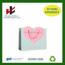 2016 Unique heart shape design Valentine's colored gift paper bags with giftcards