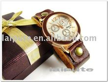 2011 fashion man's wrist with 3 decorative eyes watch il066
