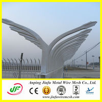 Hot sales! high quality and cheap plastic garden fence (14 years' manufacturing)