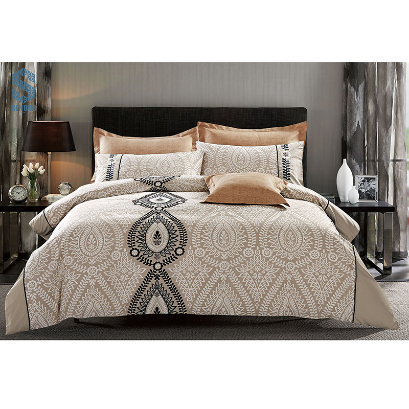 Reactive printing Polyester bedding set embroided