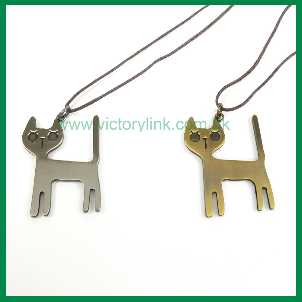 Cutie Cat Pendant Antique Necklace