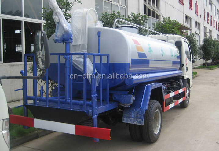 Famous Brand New Model DongFeng 4X2 Water Tanker Truck / Sprinkler Truck for sale 5m3 from factory