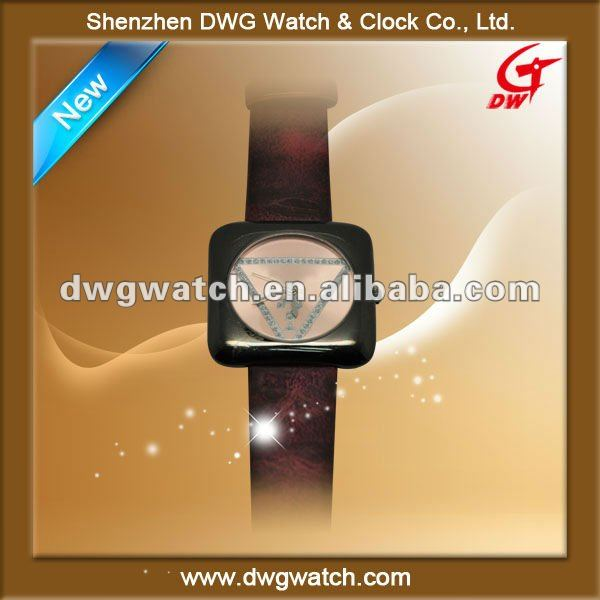 2012 Leather band new style wrist watch with square watch face