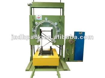 Vertical tyre stretch wrapping machine