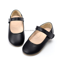 Cute color black casual flat bottom baby girls fancy kids shoes