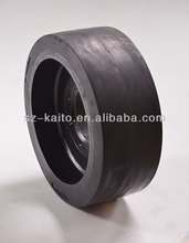 Wheeled milling machine rubber solid tyre