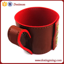 christmas gift disposable paper coffee cup japan leather tube-cup sleeve with handle