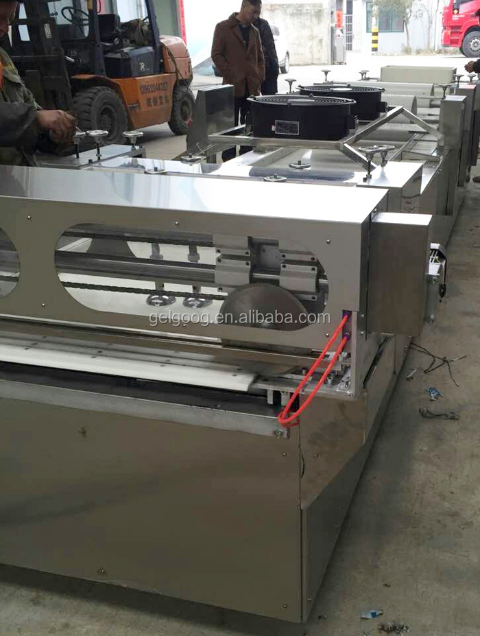 Factory Best Price Automatic Peanut Brittle Molding and Cutting Machine Cereal Bar Machine