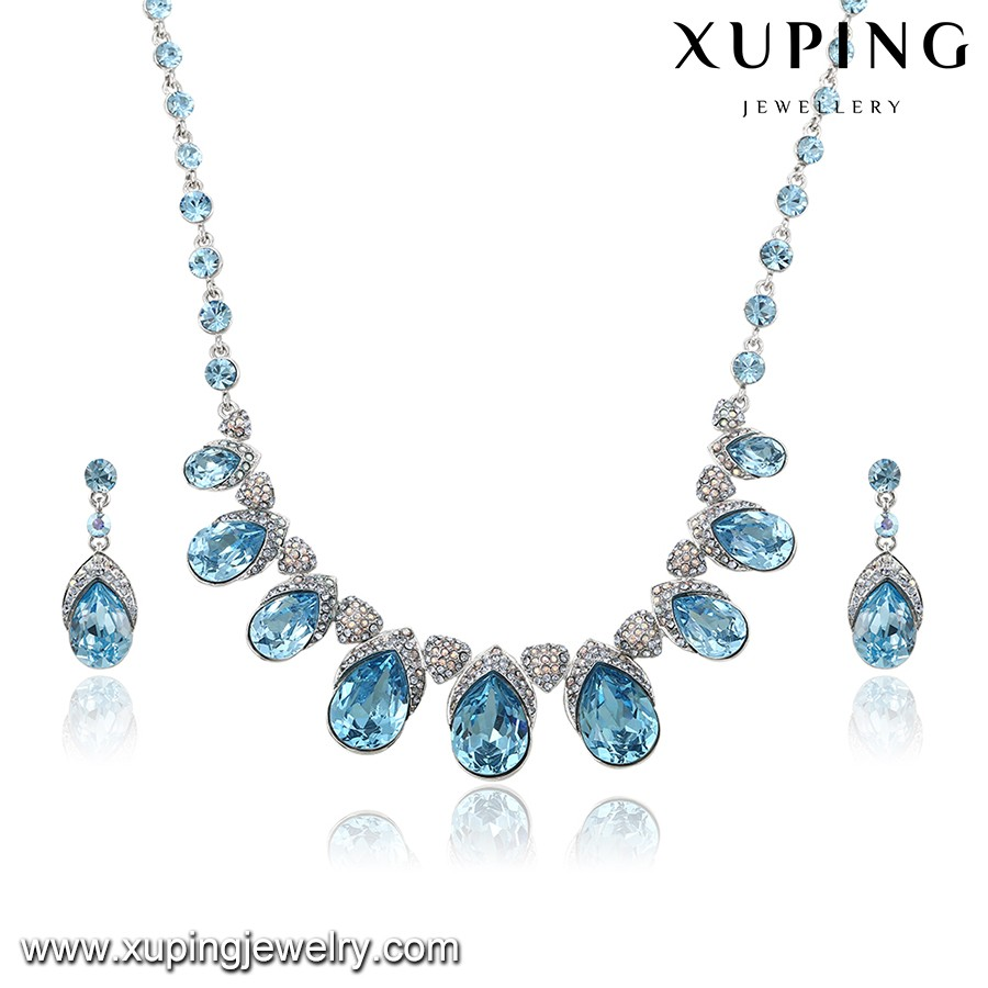 Wholesale luxury Christmas gifts jewelry set made with Crystals from Swarovski