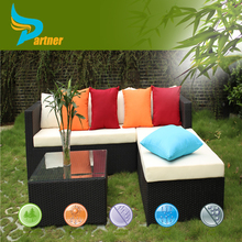 Comfortable Outdoor Furniture PE Rattan Garden Sofa Set with Colorful Waterproof Cushion