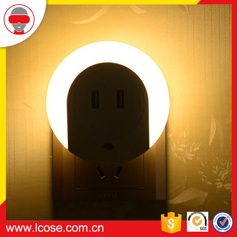 5V 1A Dusk to Dawn Sensor and USB Charger Two USB LED Night Light Lamp