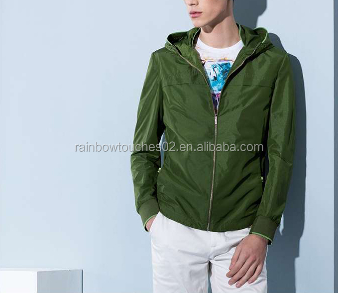 2016 New design hot sale nylon men green plain rain jacket
