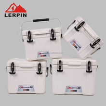 15qt Mini Cooler box with rubber latch