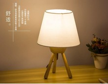 Hot new promotion african style wood base table lamp