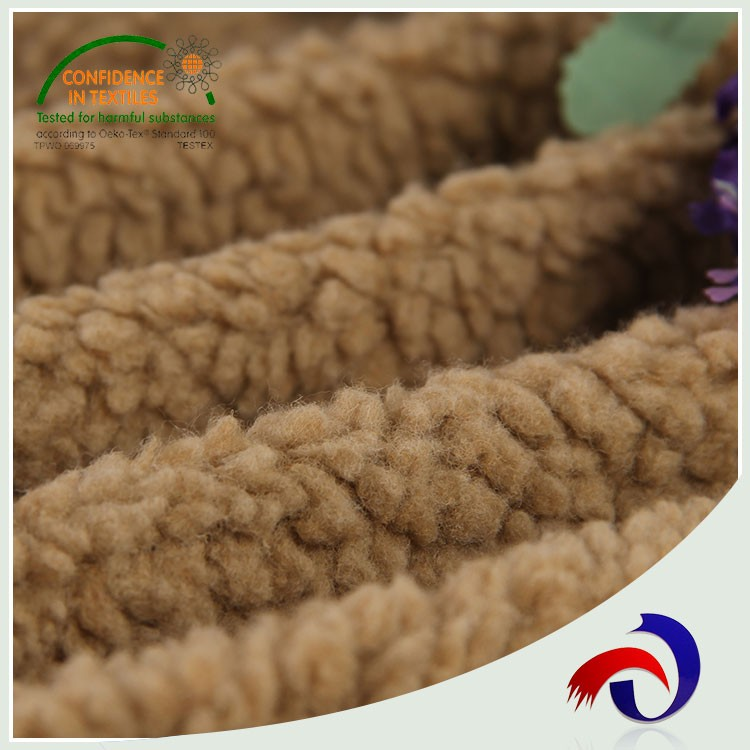 Multifunctional 100 polyester wholesale wool blend felt fabric