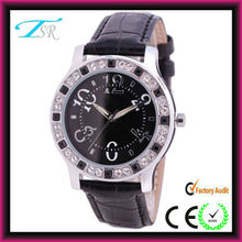 2013 newest women classic quartz diamond watches with colour bands custom your own logo in Shenzhen factory