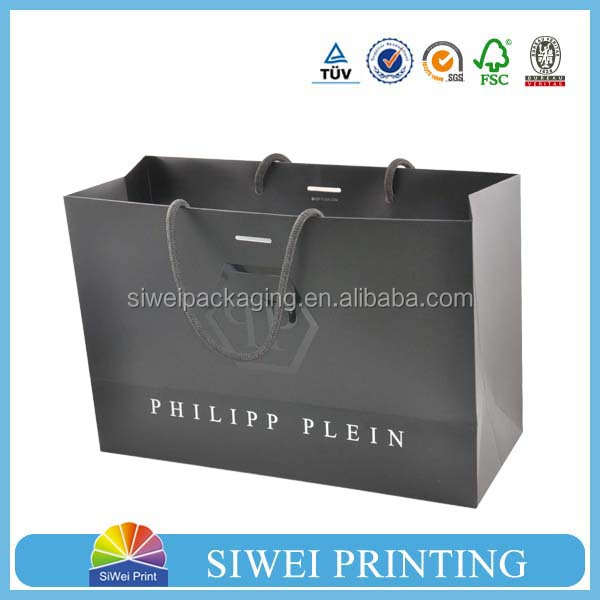 Luxury matte black shopping paper bag with logo UV for clothing packaging