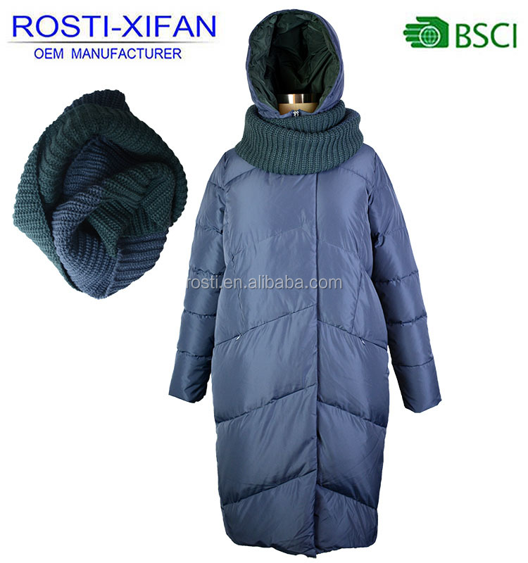 Russian Women Duck Down Feather Puffer Coat with Fixed Hood and Knitting Scarf Trim for Winter