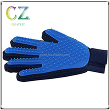 Interactive Pet Grooming and Shedding Glove / Brush - Deshedding Rake Comb Hair Removal for Dogs, Cats, Horses, Rabbits - Effici