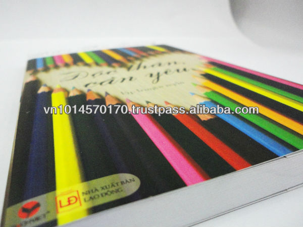5.5 x 8.5 inches Glossy soft cover book printing with offset paper