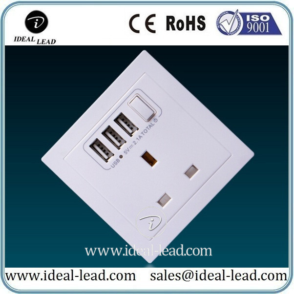 2016 New Design 86 uk 3 pin plug with 3 USB Ports and switch