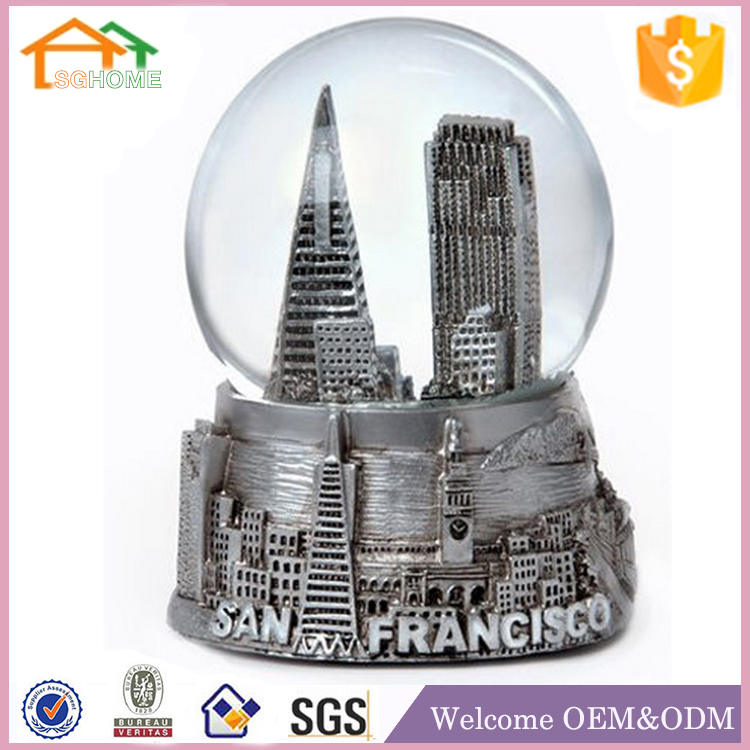 Custom made souvenirs Snow Globe polyresin san francisco souvenirs