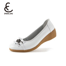On sale slip on cheap price women low wedge shoes ladies nice metal decoration beautiful wedge shoes woman 2018