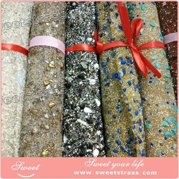 Adhesive rhinestone roll wholesale at factory price
