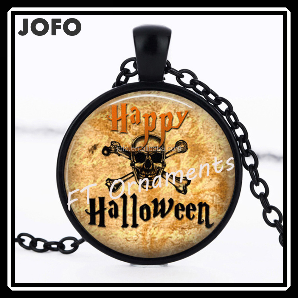 8TFS010 Happy Halloween Men Skull Pattern Gun Black Round Glass Dome Meaningful Pendant Necklace