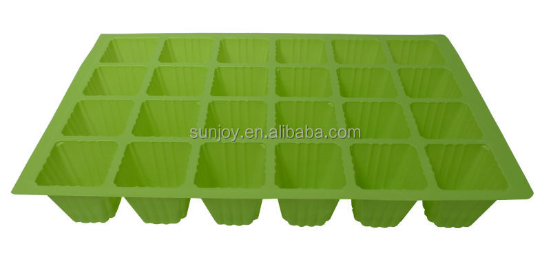 24 cells plastic seed stray