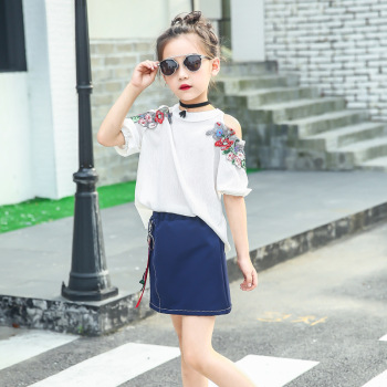 3-10 years Wholesale 2017 New Girls Set Embroidery Off-shoulder Blouses + Skirts Cotton Summer Girls Suits (pick size)